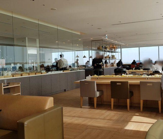 羽田空港でラウンジはしご