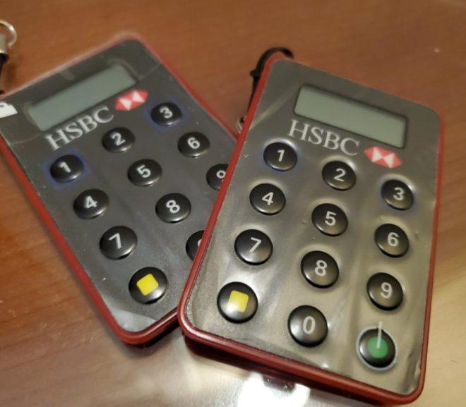 香港とオーストラリアのHSBCに電話